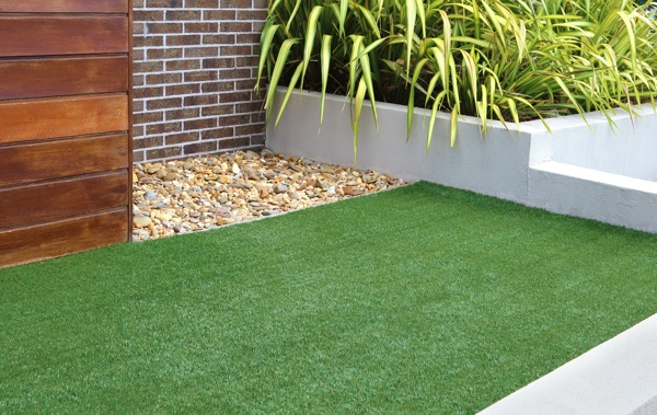 C Sped Artificial Y Gravillas Decorativas RealTurf