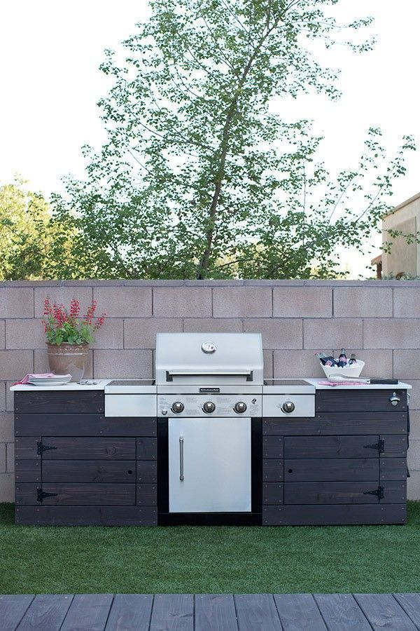 CAITLIN KETCHAM BUILT IN GRILL PATIO STYLE CHALLENGE 1 Built In
