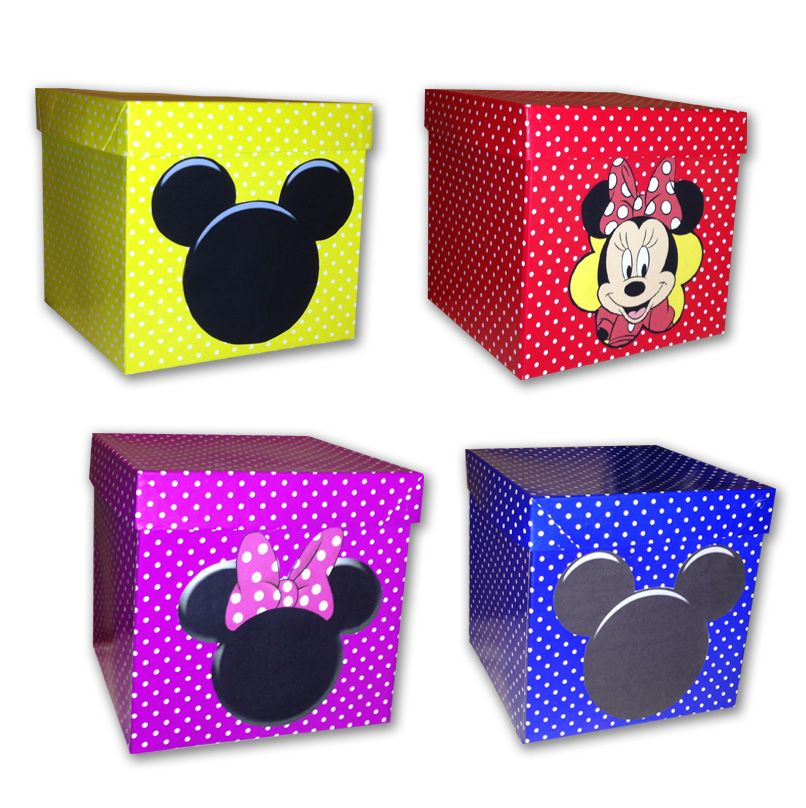 Cajas De Carton Decoradas Con El Motivo Mickey Y Minnie