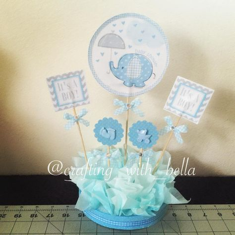 It S A Boy Table Centerpiece Es Un Ni O Centro De Mesa Simple