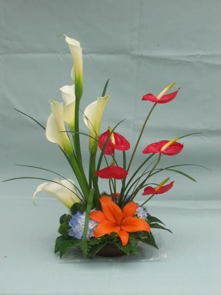 Pin By Hina Shaikh On Ikebana Pinterest Floral Dise O