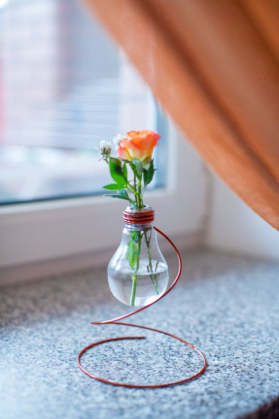 Top Sales Vintage Flower Vase From Recycled Light Bulb Wedding